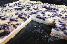 Simple cake with cottage cheese, blueberries and sprinkles - Blechkuchen Rezept Good Food, Yummy Food, Czech Recipes, Food Snapchat, Blueberry Cake, Sweet Cakes, Healthy Baking, Sweet Recipes, Bakery