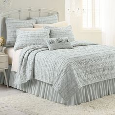LC Lauren Conrad Allie Ruffle Quilt, Grey ($100) ❤ liked on Polyvore featuring home, bed & bath, bedding, quilts, grey, gray ruffle bedding, grey bedding, gray queen bedding, king size bedding and grey ruffle bedding