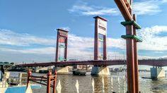 Palembang, Golden Gate Bridge, Marina Bay Sands, Building, Travel, Viajes, Buildings, Destinations, Traveling