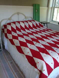 VINTAGE QUILT Bright Red Diamonds White Feedsacks Shirting Prints Yummy Roses Fab for July 4th Summer Cottage