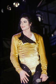 Sexy+Handsome=Michael Jackson