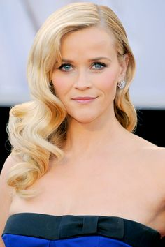 Oscars: Best Beauty Looks of the Night: Best Veronica Lake Hair - Reese Witherspoon