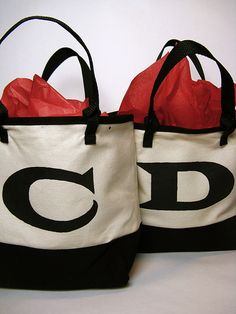 DIY Monogrammed gift bags cute for bridesmaids or party favors