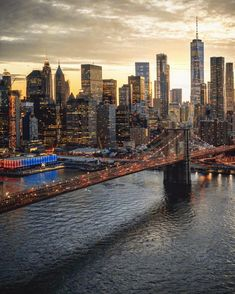 new york city New York Trip, New York Life, New York City Travel, New York Wallpaper, City Wallpaper, City Aesthetic, Travel Aesthetic, Brooklyn Bridge, Places To Travel