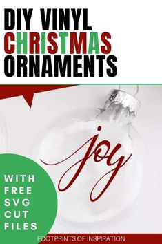 These DIY Vinyl Christmas ornaments are so cute and they were very easy to make with the 10 included FREE SVG Cut Files! #footprintsofinspiration #christmasornaments #woodsliceornaments #freesvg #freesvgcutfile #freechristmassvg #diy #christmasdiy #silhouette #cricut Vinyl Christmas Ornaments, Easy Diy Christmas Gifts, Easy Diy Gifts, Christmas Svg, Xmas Gifts, Christmas Decor, Diy Vinyl Projects, Cricut Tutorials, Cricut Ideas