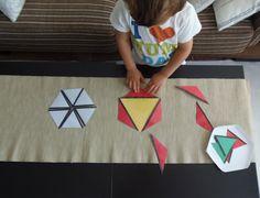 Triángulos Constructores (imprimible gratis) - Constructive Triangles (free printable) • Montessori en Casa Triangles, Montessori Math, Educational Games, Free Printables, Homeschool, Activities, Dali, Classroom Ideas, Geography