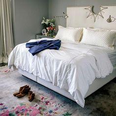 Interiors: San Francisco Apartment by CatherineKwong - Interiors. Fashion. Modern. Glamour. - Sukio