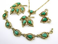 Necklace Set Green Glass Retro Grand Parue by Vintage55 on Etsy