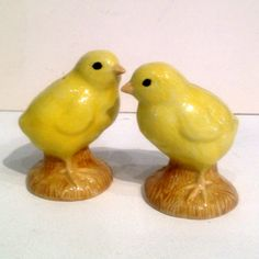 Add  a dusting of Salt and Pepper from these cute chicks - £20 a pair at The WOW Gallery