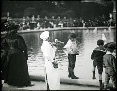 Cake seller in the Luxembourg Garden - Professions Of Paris In The Early Twentieth Century  Best of Web Shrine