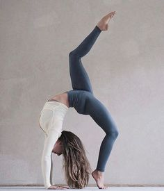 Feel Great, Look Great. Find Unique Yoga Leggings to Compliment Your Practice and Lifestyle @ www.bohemiankindboutique.com #yogaleggings