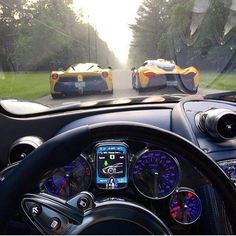 On Board Pagani Huayra, La Ferrari e McLaren Pagani Interior, Top 10 Supercars, Houston, Entrepreneur, Ferrari Laferrari, Lamborghini, Maserati, Bugatti, Pagani Huayra
