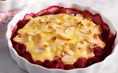 Manteli-vadelmagratiini Pie, Pudding, Desserts, Food, Recipes, Torte, Tailgate Desserts, Cake, Deserts