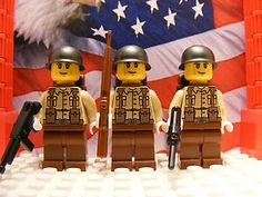 """WWII LEGO American  29th Infantrymen w/ M1 Garand, M3 """"Greace Gun"""" & M1A1 includes:  3x U.S. 29th Infantrymen Color: Light-tan & Reddish-brown (white glove/hands) 1x M1 Garand  Color: Reddish-brown 1x M3 Greace-gun  Color: Black 1x M1A1  Color: Black 3x M1 Helmets Color: Gunmetal 3x Backpacks  Color: Reddish-brown  Decal-ed with weather-proof decals. Laser-printed."""