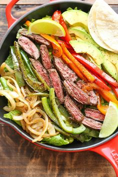 Steak Fajita Salad - All the amazing flavors of a fajita conveniently in a hearty salad, served with the creamiest cilantro lime dressing! - Good in form of fajitas, so didn't try the dressing Steak Recipes, Lunch Recipes, Mexican Food Recipes, Dinner Recipes, Cooking Recipes, Healthy Recipes, Shrimp Recipes, Clean Eating, Healthy Eating