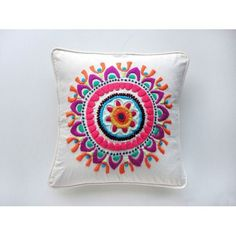 images about bordados mexicanos Mexican Embroidery, Crewel Embroidery, Embroidery Patterns, Handicraft, Needlepoint, Decorative Pillows, Needlework, Tapestry, Quilts