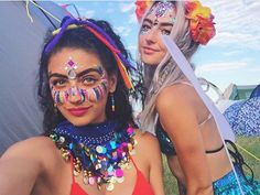 Festival outfits and glitter More