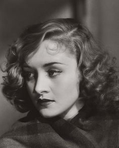 Retro Hairstyles Marian Marsh - c. - Retro Hairstyles Marian Marsh - c. 1930s Makeup, Pin Curls, Retro Hairstyles, Wedding Hairstyles, Classic Beauty, Vintage Beauty, Vintage Makeup, Vintage Photographs, Hair Inspiration