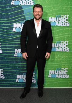 Chris Young Photos - 2015 CMT Music Awards - Red Carpet - Zimbio