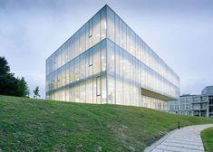 30+ Best Amazing Glass Architecture Designs in 2018