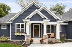 45 Best House Exterior Design Ideas That Have Nuances Of Navy Blue – House Design House Paint Exterior, Exterior House Colors, Craftsman Exterior Colors, Blue House Exteriors, Exterior Paint Colors For House With Stone, House Exterior Design, Siding Colors For Houses, Navy Houses, Dark Blue Houses
