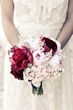 Bouquet idea to incorporate 2015 colour of the year Marsala. #WeddingBouquet #Marsala