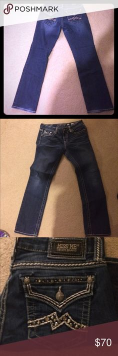 BUCKLE MISS ME JEANS LIKE NEW Buckle miss me jeans Miss Me Jeans Boot Cut