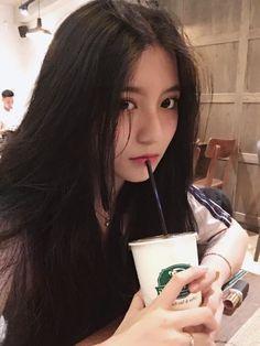 For Money ~ Kim Taehyung (Tamamlandı) - 🍒tanıtım Pretty Korean Girls, Cute Korean Girl, Beautiful Asian Girls, Uzzlang Girl, Playboy, Japonese Girl, Korean Girl Photo, Girl Korea, Ulzzang Korean Girl