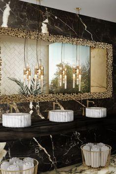 Un bagno in marmo davvero notevole! La miscela di varie tonalità di marmo rende questo bagno fuori dal tempo, con un design contemporaneo ispirato alla natura. Rendi il tuo bagno veramente tuo scegliendo ogni elemento a tuo piacimento!