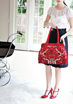 This Petunia Pickle Bottom Cosmopolitan Carryall in Red Velvet Cake has to be the most beautiful diaper bag I have ever seen. Baby G, Baby Love, Velvet Cake, Red Velvet, Fashionable Diaper Bags, Teacher Bags, I See Red, Petunia Pickle Bottom, Preparing For Baby