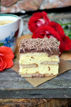 ciasto kostka królowej ( bez pieczenia ) Polish Desserts, Polish Recipes, No Bake Desserts, Delicious Desserts, Yummy Food, Sweet Recipes, Cake Recipes, Dessert Recipes, Banana Pudding Recipes