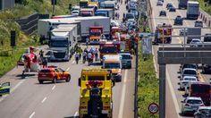 Unfälle auf A8 und A6 ] 25 Kilometer Stau nach Lkw-Crash - Stuttgart - Bild.de
