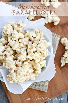 If you need a quick, last-minute treat to munch on while you watch the Oscars, look no further than this Marshmallow Caramel Corn. It's
