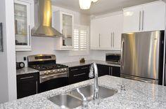 Two-Toned Kitchen - NEXUS Black-Brown and ABSTRAKT White
