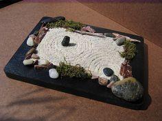 Post your mini zen gardens here! Japanese Rock Garden, Zen Rock Garden, Mini Zen Garden, Rock Garden Design, Japanese Gardens, Jardin Zen Miniature, Miniature Fairy Gardens, Zen Gardens, Organic Horticulture