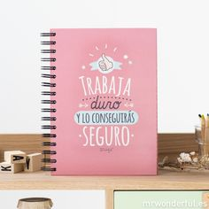 "Libreta ""Trabaja duro y lo conseguirás seguro"" #libreta #notebook #stationery #mrwonderfulshop Plain Notebook, Diy Notebook, Beautiful Notebooks, Cute Notebooks, Cute School Supplies, School Items, Hand Art, School Projects, Holidays And Events"