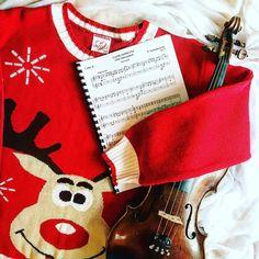 "Playing ""The Nutracker"" brings a lot of joy!  __________________________ O przedświąteczny klimat dba dziś reniferowe wdzianko i ""Dziadek do orzechów""  __________________________    Tap  if you like my music world!    Tag a friend  who loves music too!    Follow me to see more of my music life!    Feel free to contact me if you have any question about violin! ___________________ #violin   #violino   #violinist   #violinlife   #violingirl   #skrzypaczka   #skrzypce   #muzyka   #geige…"