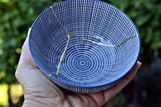 Kintsugi Vintage bowl, cuenco Kintsugi porcelana oriental. Colección Butterfly nº6 de KanelaSuri en Etsy Kintsugi, Vintage Bowls, Etsy, Porcelain Ceramics