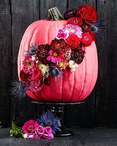 Forget carving — give your #pumpkins a bloom sash this year! …