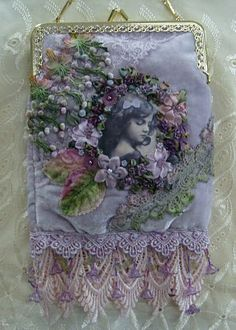 Bolsa Vintage - The things I see that make me happy. Vintage Purses, Vintage Bags, Vintage Handbags, Vintage Outfits, Vintage Shoes, Beaded Purses, Beaded Bags, Embellished Purses, Embroidered Bag