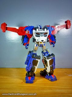 It's actually easier to combine the Xovergen TF-02 God Armor with an MP-10 Optimus Prime. However, again you end up with a figure that has ridiculously large lower leg armor, that yes, still likes to pop off no matter how well you peg it #Transformers #Xovergen #MP10 #GodGinrai #TF02 #TF01