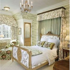 Stunning British Style Bedroom Decorating Ideas One of the greatest things about decorating your house in the shabby chic style is it does not need to be costly. There are lots of interior designing ideas which you could use. Bedroom Green, Dream Bedroom, Home Bedroom, Bedroom Decor, Bedroom Ideas, Master Bedroom, Beautiful Bedrooms, Beautiful Interiors, Shabby