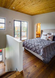 ห้องนอนบนชั้นสอง