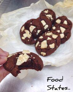 Μαλακά μπισκότα με κομματάκια σοκολάτας - Food States Cake Cookies, Doughnut, Sweet Recipes, Biscuits, Bakery, Chocolate, Cooking, Desserts, Blog