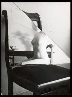 (Edward Henry Weston) He was known for his soft-focus, pictorial style Weston started to reevaluate his work in 1922, traveling to New York to meet leaders of the modernist photography movement