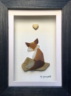 Cape Creations Sea Glass And Pebble Artwork Sly Fox https://www.etsy.com/shop/Capecreationsmz