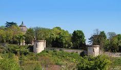 La Chapelle Royale et les Remparts du Château #Dreux #JM2JC