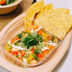 We're obsessed with @mannalifefood's coconut meat ceviche 😍 served with a warm superfood arepa. Young Thai coconut meat is dressed with 🍅tomato, onion, peppers, lime, 🌿cilantro, passion fruit, sesame oil, and sea salt to dance deliciousness is your mouth. ❤️🍴We're in love wit da coco! 📸: @dmargherite  Yummery - best recipes. Follow Us! #veganfoodporn