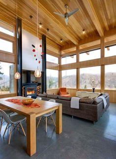 Hillside dwelling in Washington: Nahahum Canyon House