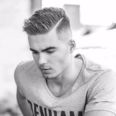 Men hairstyle Undercut, men with women's hair trends men hairstyle Undercut Published on Barbara Gottschalk like big hair, hairstyles in the men's . Teenage Boy Hairstyles, Teen Boy Haircuts, Cool Haircuts, Haircuts For Men, Military Haircuts, Men's Haircuts, Trendy Boys Haircuts, Barber Haircuts, Popular Hairstyles